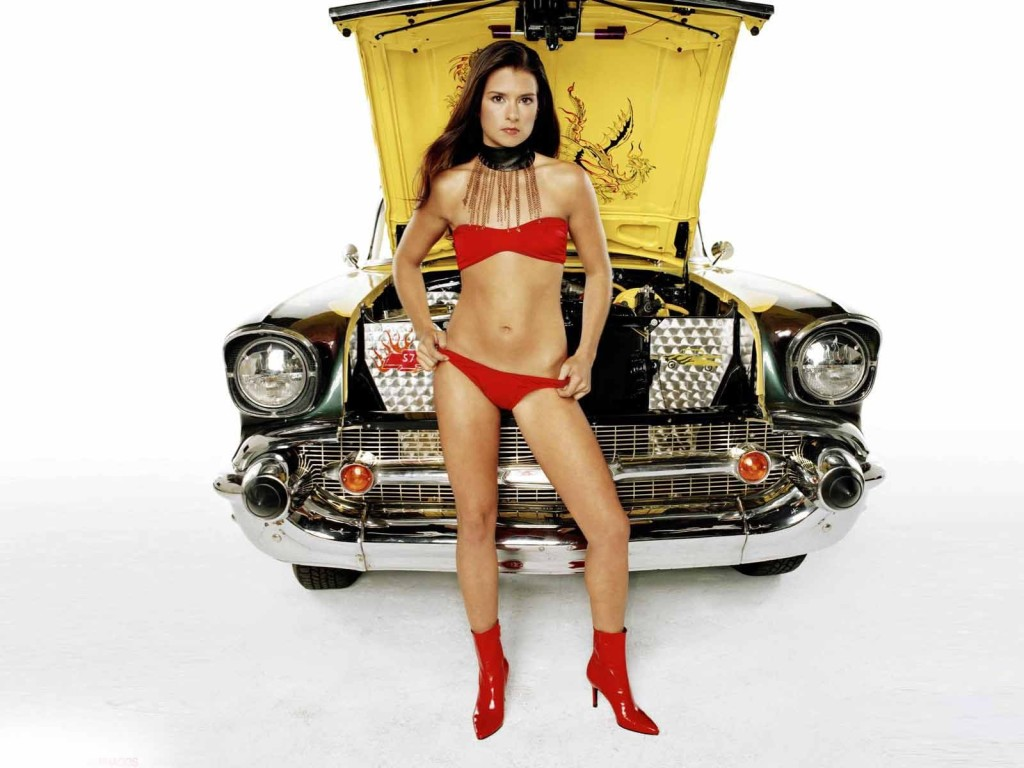 Danica Patrick Wallpaper and Picture Gallery &lt-&lt- HOT HOLLYWOOD GIRLS